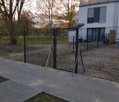 Doppelstabmattenzaun in Potsdam - Zaeunepotsdam.de